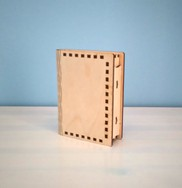 """Väike karp """"Raamat"""""""
